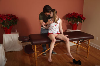 Alice March And Seth Gamble In Snack And Service - Picture 3