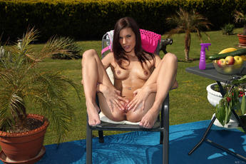 Appetizer Featuring Candice Luca - Picture 11