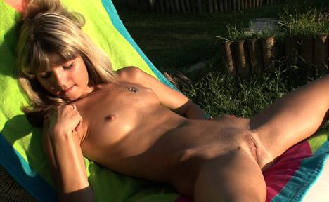 Gina Gerson - Sunset